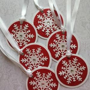 Ajándékod kísérője piros-fehér , Naptár, képeslap, album, Otthon & lakás, Ajándékkísérő, Dekoráció, Ünnepi dekoráció, Papírművészet, Piros és kétrétegű fehér kartonból készült ajándékkísérő kártya. \nA csomag 6 db-ot tartalmaz, de tet..., Meska