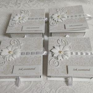 4 db Ajándékátadó fiókos dobozka pedagógusoknak csomag, Otthon & Lakás, Papír írószer, Ajándékkísérő, Papírművészet, \n\n4 db 11x11 cm-es, ajándékkísérő fiókos dobozka, 12 cm-es kerettel. A Fiókot kihúzni szalagból kész..., Meska