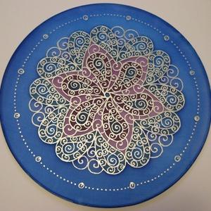 Tenger virága mandala, Dekoráció, Otthon & lakás, Kép, Selyemfestés, 25 cm átmérőjű kézzel festett egyedi selyemkép.  A minta számomra a mozgalmasságot  és az állandó vá..., Meska