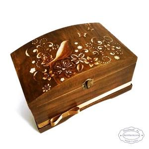 Láda - Millefiore Madár (pénzgyűjtő, pénzátadó, jókívánság, sorsjegy, rusztikus virágos tároló doboz, emlékőrző) (szinharmonia) - Meska.hu