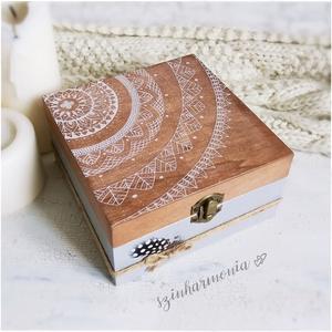 Ajándékdoboz - Rusztik Mandala (teás doboz, teafilter tartó, fadoboz, emlékdoboz, születésnap, rusztikus, emlékőrző)