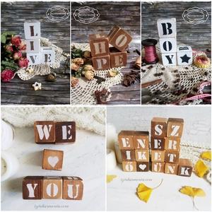 Dekorkocka 3 db szettben - 5x5cm (betűs dekor kocka, esküvő, jegyes, kismama fotózás, baba, számláló, fotózási kellék) (szinharmonia) - Meska.hu