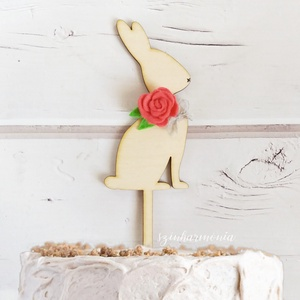 Nyuszis tortabeszúró bíbor virággal (virágdísz, torta dekoráció, torta dísz, süti beszúró, sütemény, tortába szúrható) (szinharmonia) - Meska.hu
