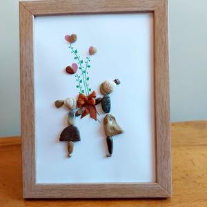 Szeretettel anyának - kavicskép, Otthon & Lakás, Dekoráció, Kép & Falikép, Festett tárgyak, Mozaik, Különleges kavicskép mely a szeretetről szól. A virágokat szív alakká kiegészített kavicsok jelképez..., Meska