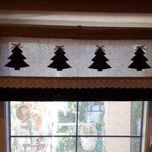 Vitrázs karácsonyi,konyhai függöny,natur alapon zöld tűpöttyös applikált karácsonyfákkal, Függöny, Lakástextil, Otthon & Lakás, Varrás, Legyen a konyhánkban is karácsonyi hangulat.          Natur és sötétzöld tűpöttyös vászonanyagból ké..., Meska