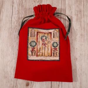 AKCIÓ! 1550 ft helyett 800 ft. Mikulászsák,piros applikált textilképpel, Otthon & Lakás, Karácsony & Mikulás, Mikulás, Varrás, Piros vászonból készítettem a zsákot,textilképet applikáltam az elejére.Zöld selyemszalaggal összehú..., Meska