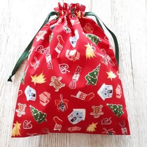AKCIÓ!1250 ft helyett 800 ft.Mikulászsák, karácsonyi ajándékzsák, piros alapon karácsonyi mintával,NoWaste , Gyerek & játék, NoWaste, Textilek, Textil tároló, Varrás, Piros alapon karácsonyi mintás vászonból készítettem a zsákot. Hozzá passzoló zöld  színű szalaggal ..., Meska