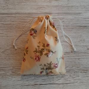NoWaste sminklemosó korong,10 db-os, ajándék zsákkal, sárgás bézs alapon virágmintás pamutvászonból, bézs frottirból (szivecskemania) - Meska.hu