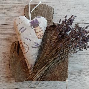 Szív alakú levendula párna,  Vintage stílusban, Otthon & lakás, Dekoráció, Lakberendezés, Ünnepi dekoráció, Szerelmeseknek, Anyák napja, Varrás, Pamutvászonból készült a szív, amelyet saját termesztésű szárított  levendulával töltöttem meg./kb.3..., Meska