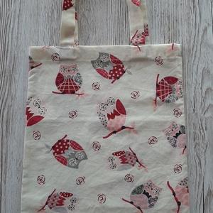 Bevásárló táska,szatyor, vállra akasztható, NoWaste, Táska & Tok, Bevásárlás & Shopper táska, Shopper, textiltáska, szatyor, Varrás, Ekrü alapon pink baglyos pamutvászon anyagból készült bevásárló táska.Hosszabb füllel készült,így vá..., Meska