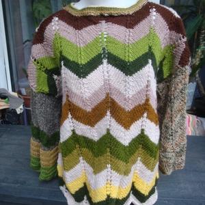 L-es méretű extravagáns  pulcsi, Ruha & Divat, Női ruha, Pulóver & Kardigán, Kötés, Az ősz színeit idézi ez az gyapjú alapú  fonalakból kötött pulcsi. Mellbőség: 114 cm,  csípő: 114 cm..., Meska