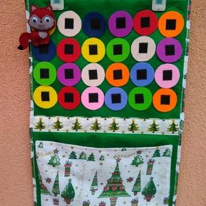 Adventi naptár kicsiknek, Karácsony & Mikulás, Adventi naptár, Varrás, Adventi naptár piciknek. \nA tépőzáras rókával a színes korongokon ugrálva lehet számolni karácsonyig..., Meska