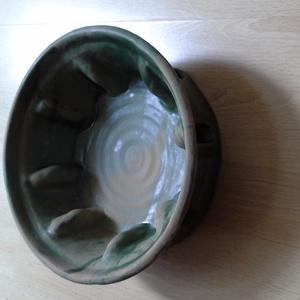 Sütőforma, Sütő- és főzőedény, Konyhafelszerelés, Otthon & Lakás, Kerámia, Zöld mázas, kerámia sütőforma. Mérete: átmérő: 24 cm, magassága: 8.5 cm., Meska