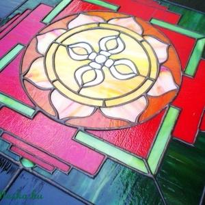 Tibeti mandala-világító tiffany falikép, Otthon & Lakás, Dekoráció, Kép & Falikép, Mindenmás, Üvegművészet, Meska