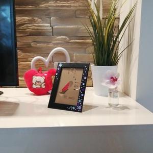 Fekete strasszköves képkeret, Otthon & Lakás, Dekoráció, Képkeret, Mindenmás, Egy számomra nagyon kedves illető lepett meg egyik évben Karácsonyra egy csomag csillogós strasszkőv..., Meska