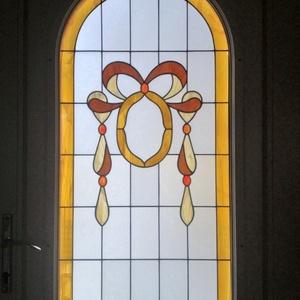 Nyílászáró díszüveg, Lakberendezés, Otthon & lakás, Dekoráció, Dísz, Üvegművészet, Bejárati ajtóba készített, 3rétegű hőszigetelt díszüveg. A díszüveg Tiffany technológiával készült.\n..., Meska