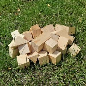 Natúr óriás építőkocka, Gyerek & játék, Játék, Fajáték, Famegmunkálás, 40 db-os natúr fa óriáskocka készlet műanyag tárolódobozban.\nA szett tartalma:\n10 db 5x5x10 cm tégla..., Meska