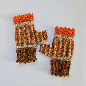 Narancs és fahéj -  vagy akár sütőtök színű könnyű, puha kézmelegítő. Jöhet az ősz és a tél!  (Taffa) - Meska.hu