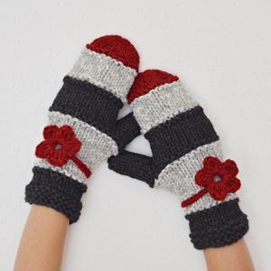 Bordó virág - páros kesztyű női része - vastag, puha fonalból készült sportos egyujjas női kesztyű. Jöhet a tél!  (Taffa) - Meska.hu