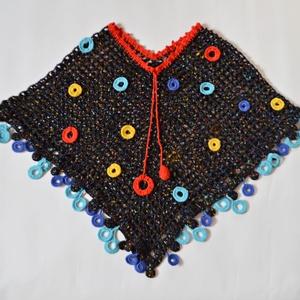 Színes buborék - horgolt poncsó karika díszítéssel fekete, piros, sárga és kék színekből, Táska, Divat & Szépség, Női ruha, Ruha, divat, Poncsó, Horgolás, A Benetton színvilága nagyon tetszik, így ezekben a színekben terveztem ezt a horgolt poncsót. Az al..., Meska
