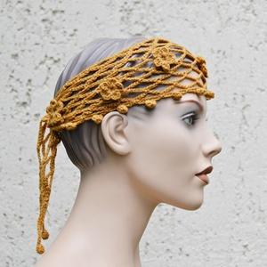 Arany háló - horgolt öv vagy headband virág díszítéssel necc alapon, Táska, Divat & Szépség, Sál, sapka, kesztyű, Ruha, divat, Öv, Kendő, Horgolás, Óarany színű fonalból horgoltam ezt a többfunkciós darabot, ami lehet fejpánt vagy öv is. Egy egyszí..., Meska