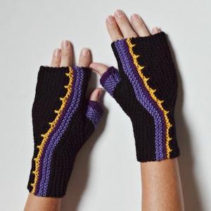 Lila - sárga -  fekete sideway kézmelegítő - 2 oldalas - kétféleképpen hordható - Meska.hu