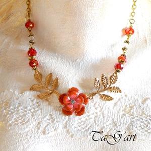 Narancsvirág (nyaklánc), Ékszer, Nyaklánc, Medálos nyaklánc, Ékszerkészítés, Narancs és  arany színű statement nyakéket álmodtam...  A medál óriás virág,  melyben kristály káprá..., Meska