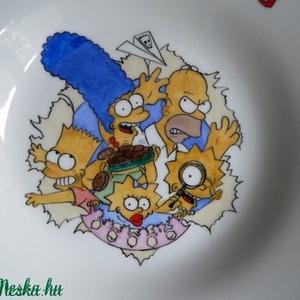 Simpsonos étkészlet, Gyerek & játék, Konyhafelszerelés, Otthon & lakás, Bögre, csésze, Kerámia, 4 darabból álló kerámia étkészlet,gyermek méretben.\nA bögre 2 dl-es, a mély tálka 7.5 cm magas, a la..., Meska