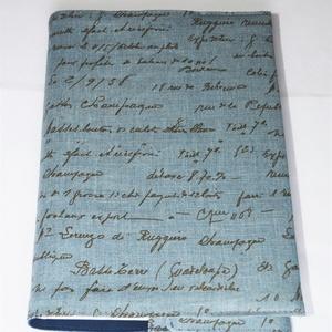 Lenvászon könyvborító, Otthon & Lakás, Könyv- és füzetborító, Papír írószer, Lenvászonból készült ez a mintás textil könyvborító. Mérete: 21x40 cm (kiterítve). A jobb széle köny..., Meska
