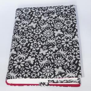 Textil könyvborító, Otthon & Lakás, Könyv- és füzetborító, Papír írószer, Designer pamutvászonból készült ez a pillangó mintás textil könyvborító. Mérete: 21x40 cm (kiterítve..., Meska