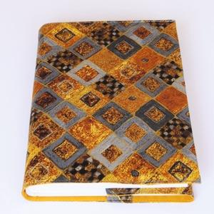 Klimt textil könyvborító, Otthon & Lakás, Könyv- és füzetborító, Papír írószer, Designer pamutvászonból készült ez a Gustav Klimt festményét idéző textil könyvborító. Mérete: 21.5x..., Meska