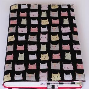 Textil könyvborító, Könyv- és füzetborító, Papír írószer, Otthon & Lakás, Varrás, Designer pamutvászonból készült ez a cica mintás textil könyvborító.\nMérete: 21,5x40 cm (kiterítve)...., Meska
