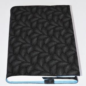 Textil könyvborító, Otthon & Lakás, Könyv- és füzetborító, Papír írószer, Designer pamutvászonból készült ez a páfrány mintás textil könyvborító. Mérete: 21,5x40 cm (kiterítv..., Meska