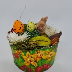 Kördobozban húsvéti hangulat , Otthon & Lakás, Dekoráció, Asztaldísz, Mindenmás, Kedves Érdeklődő! \n\nA termék átmérője: 12 cm, Meska