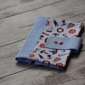 Tengerész pelenkázó táska, Gyerek & játék, Baba-mama kellék, A pelenkázó táskát a kényelmes és higénikus pelenkázás érdekében készítettük el Nektek. A táska prak..., Meska