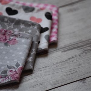 Romantikus rózsa nyálkendő (Tamy) - Meska.hu