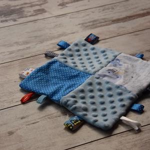 Kék autós rongyi, Gyerek & játék, Baba-mama kellék,  Patchwork mintás rongyi babáknak. A négyzetek színben harmonizálnak egymással. A pamutvászon minky ..., Meska