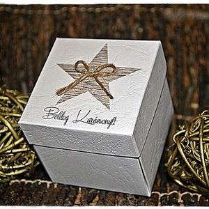 Karácsonyi idézetes ajándékdoboz/Pénzátadó, Karácsonyi csomagolás, Karácsony & Mikulás, Otthon & Lakás, Papírművészet, Idézetes karácsonyi ajándékdobozt készítettem, melynek egy díszes közepet álmodtam meg, ahová apró a..., Meska