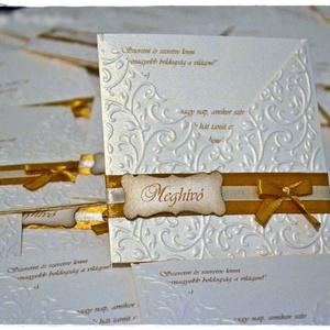 Fehérarany-Arany esküvői meghívó, Esküvő, Meghívó, ültetőkártya, köszönőajándék, Naptár, képeslap, album, Otthon & lakás, Papírművészet, Betétlapos esküvői meghívót készítettem fehérarany színű papírból. A meghívót domborítottam, masniva..., Meska
