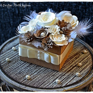 Papír Virágbox születésnap, névnap, Anyák napja, keresztelő,Valentin nap, Szülő köszöntő, Koszorúslány,Tanú felkérő, Lakberendezés, Otthon & lakás, Naptár, képeslap, album, Asztaldísz, Anyák napja, Ünnepi dekoráció, Dekoráció, Papírművészet, 15-20 db virágból készült virágboxot készítettem, melynek minden egyes virágját saját kezűleg hajtog..., Meska