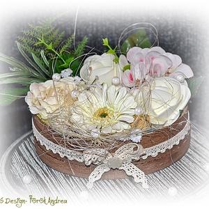 Vintage virágbox fa ládikában, Dekoráció, Otthon & lakás, Dísz, Esküvő, Meghívó, ültetőkártya, köszönőajándék, Virágkötés, Vintage virágbox fa ládikában, Meska