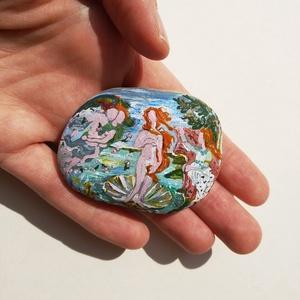 Vénusz születése festett kavics ~ miniatűr egyedi művészi kavics - Meska.hu