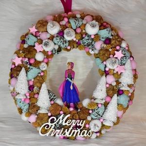 Anna karácsonyi ajtódísz, Karácsony & Mikulás, Karácsonyi kopogtató, Virágkötés, Vidám, igazi csajos szobába illő karácsonyi hangulatú ajtódísz Jégvarázs rajongóknak.\nNéhány Elsás d..., Meska