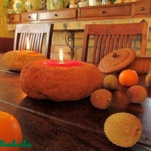 ÜNNEPI gyertyatartó, mécses téglákőből, Gyertya & Gyertyatartó, Dekoráció, Otthon & Lakás, Kőfaragás, Kerámia, Már régóta szeretne a bontott téglához illő gyertyartót az ünnepi asztalra?\nStílusos kiegészítőt ker..., Meska