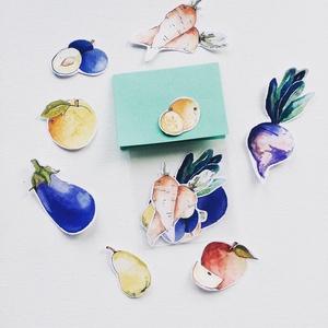 Gyümölcs, zöldség matrica, Dekoráció, Otthon & lakás, Dísz, Játék, Gyerek & játék, Fotó, grafika, rajz, illusztráció, Akvarellel festett gyümölcsök, zöldségek.\nEgy csomagban 15 db kisebb-nagyobb matrica található.\n\nSzá..., Meska