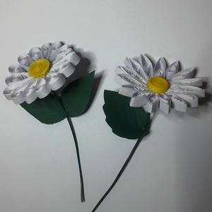 Nőnapi 3D virágok, Dekoráció, Otthon & lakás, Dísz, Szerelmeseknek, Ünnepi dekoráció, Papírművészet, 3D quilling technikával készült virágok, valentin napra, nőnapra, névnapokra. Mergendelésre 5 cm (15..., Meska
