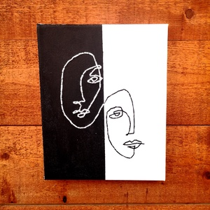 Fekete-fehér hímzett kép, Otthon & lakás, Dekoráció, Kép, Dísz, Festett tárgyak, 20x25 cm nagyságú vászonra, fekete és fehér akril festékkel festett kép, melyen a hímzett minta feke..., Meska