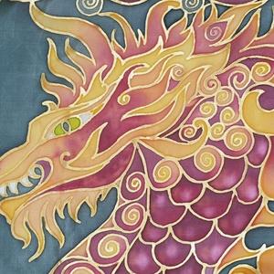 Tűz-Sárkány kézzel festett valódi selyem sál, Táska, Divat & Szépség, Sál, sapka, kesztyű, Ruha, divat, Kendő, Női ruha, Selyemfestés, 40x150cm méretű kézzel festett selyem sál. Kínai sárkány meleg narancs, piros színekkel, kontrasztos..., Meska