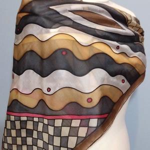 Kockás-pöttyös-csíkos kézzel festett selyemkendő, Táska, Divat & Szépség, Ruha, divat, Kendő, Selyemfestés, 90x90cm 100% kézzel festett selyemkendő.\nVáltozatos, mozgalmas nonfiguratív minta, meleg barnákkal, ..., Meska