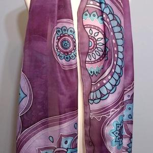 Lila mandalák kézzel festett valódi selyem sál, Táska, Divat & Szépség, Ruha, divat, Kendő, Selyemfestés, 45x180cm méretű kézzel festett selyem sál. Mandalák lilában.  \nKéz-meleg vízben samponnal, vagy gyap..., Meska